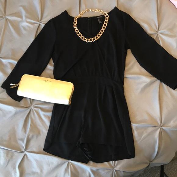 Forever 21 Dresses & Skirts - Cute black romper
